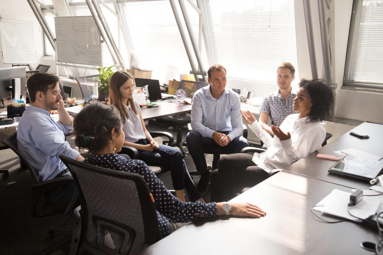 Brainstorming: una tecnica per la creatività del gruppo